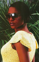 Pina_colada_side_large_web_small_best_fit