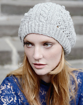 Camilla_knitted_hat_texture_bobbels_cable_knit_small_best_fit