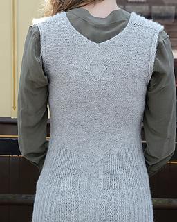Lily_dress_back_purl_alpaca_designs_small2