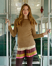 Lorelle_jumper_front_purl_alpaca_designs_small_best_fit