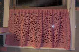 Pink_curtain_small2
