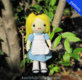Alice_in_wonderland_amigurumi_crochet_pattern_for_a_doll_1_small2