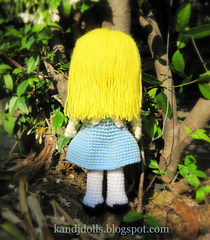 Alice_in_wonderland_amigurumi_crochet_pattern_for_a_doll_4_small