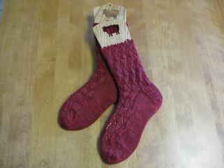 Finished_flamenco__socks_small2