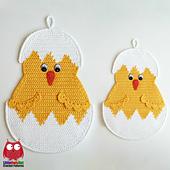 Wm_ravelry_112_little_chicken_potholder_crochet_pattern_amigurumi_littleowlshut_zabelina_small_best_fit