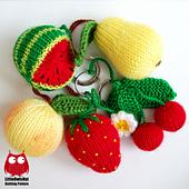 Wm_ravelry_logo_cover_112_fruits_and_berries_knitting_pattern_littleowlshut_amigurumi_zabelina_small_best_fit