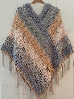 Easy Weekend Poncho pattern by Kathy Olivarez