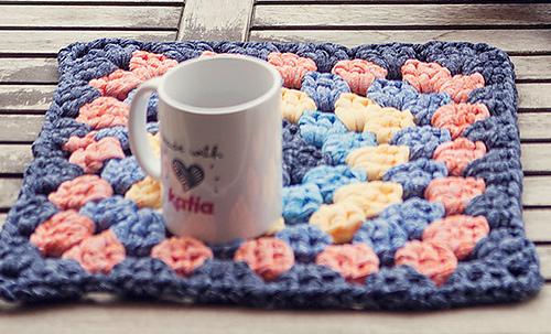 Pattern-knit-crochet-home-doily-spring-summer-katia-8023-472-g_medium