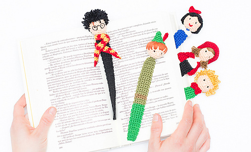 Knitting Pattern For A Book Marker : Ravelry: Book Day #Made with Katia Crochet Bookmark pattern by Fil Katia
