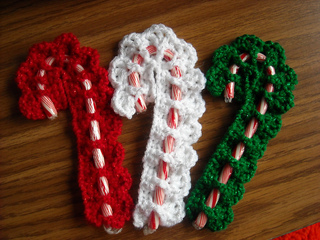 Ravelry Victorian Candy Cane Cover Pattern By Cylinda D Mathews