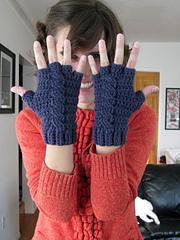 Crochet-pattern-glove_small