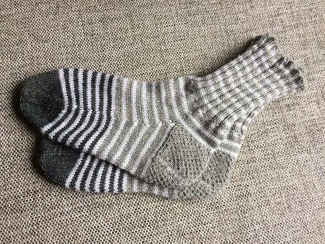 Jalad sooja 2019 Hellenurme hooldekodule - Sokid üle antud! Aitäh kõigile! IMG_0939_medium2