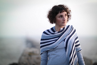 Voyager_shawl-11170140_small2