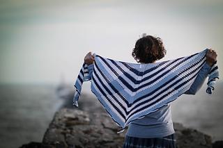 Voyager_shawl-11170100_small2