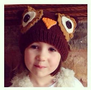 Darcy_owl_hat3_small2