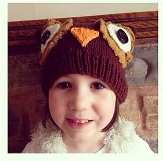 Darcy_owl_hat4_small2