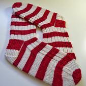Kerrilyno_xmas_socks_2_small_best_fit