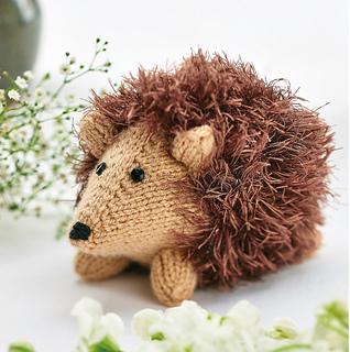 Small Hedgehog Knitting Pattern Free : Ravelry: Hugo Hedgehog pattern by Ella Austin