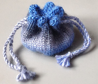 Ravelry: Knitted Drawstring Coin Purse pattern by Ruth Hill
