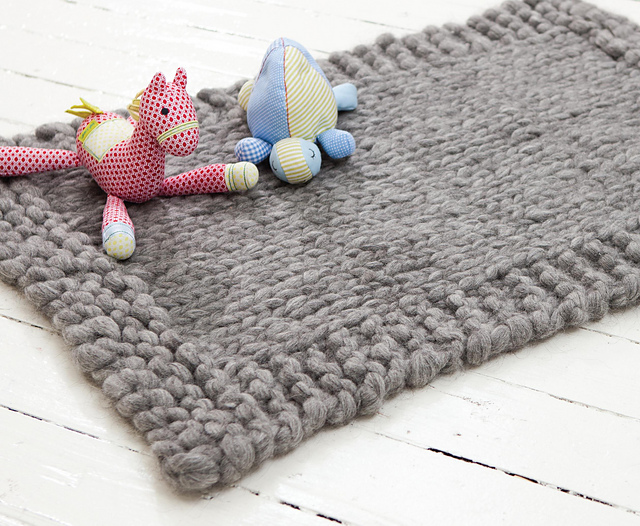 Ravelry Snuggly Rug Pattern By Jacqui Harding