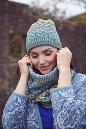 Lindasfarne_cowl_small_best_fit