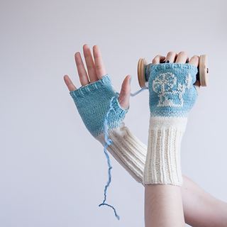 Gloves_bobbi_4_small2