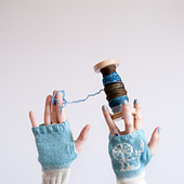 Gloves_bobbi_2_small_best_fit