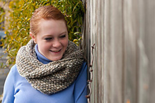 Cindy_cowls_shawl-0206-2_small2