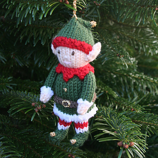 Elf_side_on_tree_small2