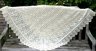 Evillaweddingshawl_1__small_best_fit