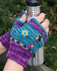 Fingerlessmitts2_small