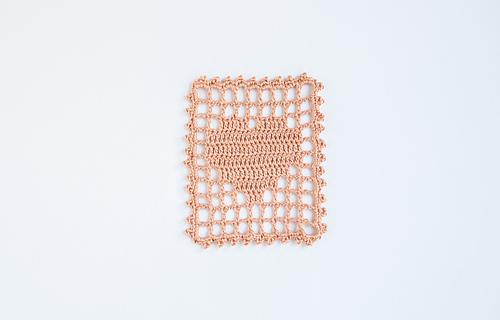 Filet_crochet_heart_visual_medium