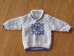 Snowflake_sweater_small