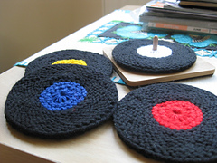 Vinyl_record_coasters_knit_version_005_small
