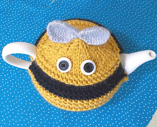 Bee_cosy_top_ed_small2