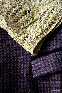 Imogen_cowl_closeup_small2