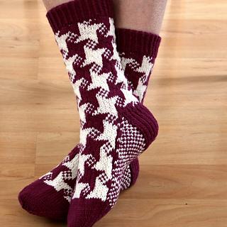 Photo7_swirling_star_socks_small2