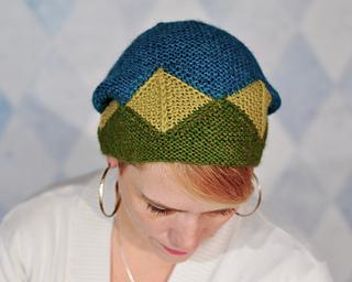 Garter_geometry_hat_4_small2