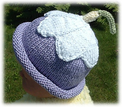 Apple_blossom_hat_500_small