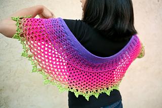 Dragonfruit_shawl-11_small2