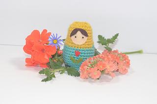 Matryoshkaflowersfar_small2