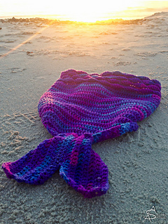 Mermaid_blanket-8_small2