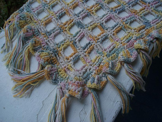 _pastel_morning__shawl_-_closeup_small2