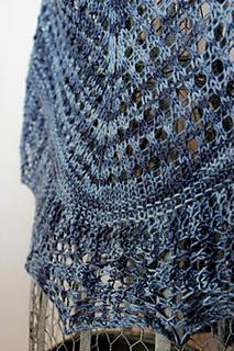 Ravelry Alice Elizabeth Shawlette Pattern By Laura Linneman