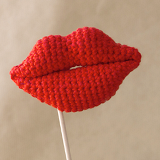 Crochet Lips Amigurumi Pattern
