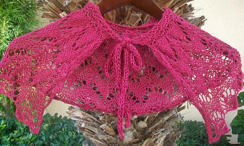 Cranberry_hugs_collar_1_medium