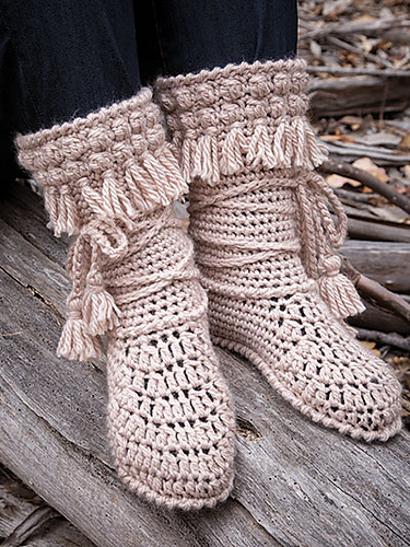 Ravelry Mukluk Booties Crochet Pattern By Lena Skvagerson