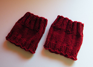 Burgundt_red_boot_cuffs__4__small2
