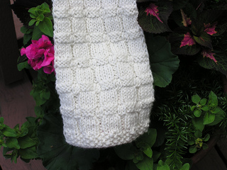 Scarf_w_flowers_small2