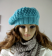 Nela_hat_1_small_best_fit